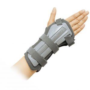 plastic wrist splint